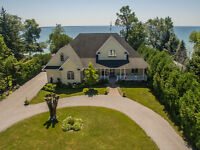 REDUCED PRICE:  Stunning Lake Simcoe Lakefront Home