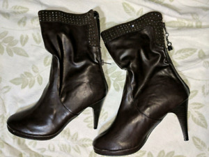 LADIES SPARKLY BOOTS - WORN ONLY ONCE! PRICE REDUCED $15