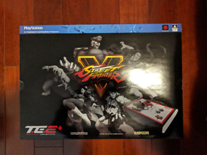 New Mad Catz Street Fighter V Arcade FightStick TE2+ for PS4/PS3