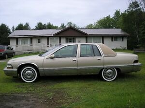 1995 Buick Roadmaster with leather & new wide whitewalls