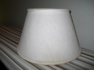 Lamp shade w/ Uno fitting