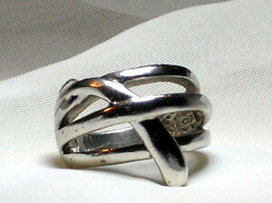Sterling Silver - Layered Curve Cross Over Band Ring