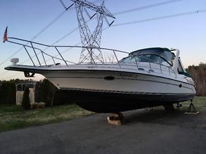 Doral 350 sc 12 pieds de large bravo 3 (Bow truster) Air Clim.