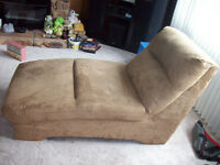 BROWN CHAISE LOUNGER