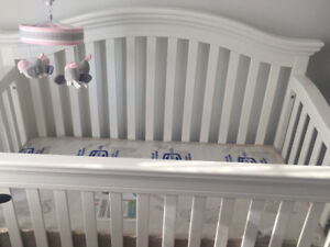 Brand New Gorgeous Baby  Crib
