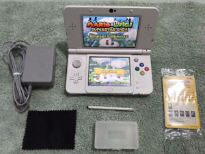 New 3DS_Super Mario Edition - With Many Games_Marios + Pokemons