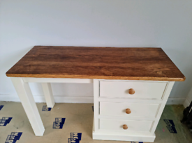 Wooden top desk with drawers