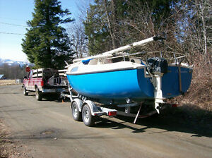 Drop Keel 21 foot sailboat and tandem trailer for sale