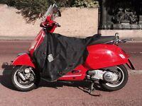 Red Vespa GTS 125