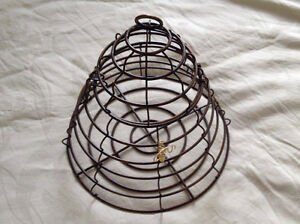 Beehive Hanging Cage