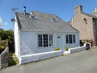 Tradtional holiday cottage in Moelfre Anglesey sleeps 6 available now for autumn breaks