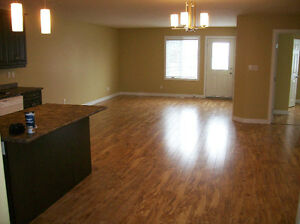 One months free rent with heating and hot water included Regina Regina Area image 7