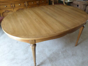 Light Walnut Solid Wood Dining Table MAKE AN OFFER!!!