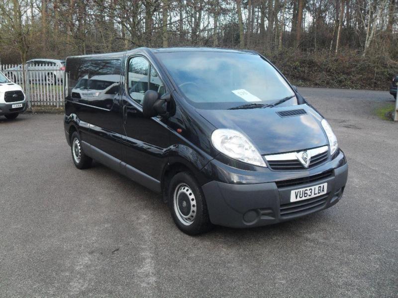 Vauxhall Vivaro 2.0Cdti [115Ps] Van 2.9T Euro 5 DIESEL MANUAL BLACK (2013)