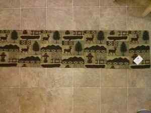 Canada North Table Runner