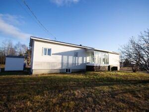 Maison de plain pied à Rivière-Brochu