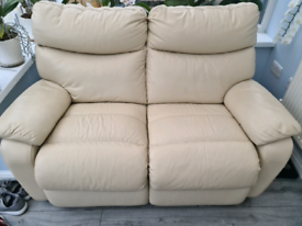 Harveys 2 Seater recliner sofa leather cream