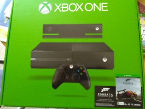 XBOX ONE with Kinect + 2 wireless controllers + 3 games