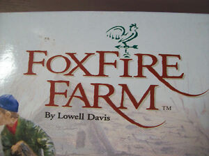 FOXFIRE FARM BY LOWELL DAVIS