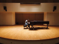Violin + Piano lessons at UofT Campus (FIRST LESSON FREE)
