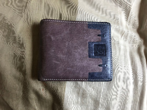 ESIPOSS Leather Wallet