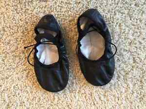 Size 11E Bloch Ballet Slippers