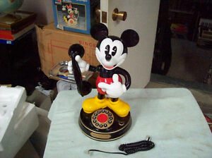 MICKEY MOUSE NOVELTY TELEPHONE