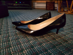 Black Guess High Heel Shoes size 6 1/2
