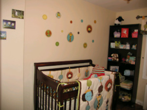 Wooden Crib for Babies & Kids in Great Condition