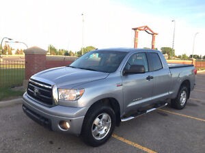 2011 Toyota Tundra SR5 Pickup VERY CLEAN 4*4 Truck