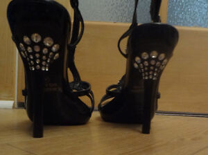 Stunning shoes size 6