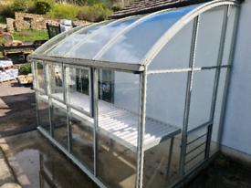 Hartley Botanic Vista lean-to greenhouse