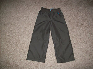 Girls Zip Off Pants Size 5