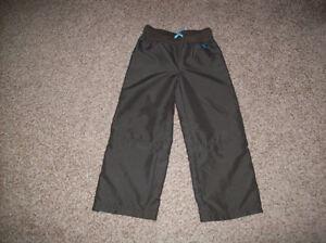 Girls Zip Off Pants Size 5