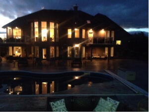 AIRBNB EDMONTON VACATION RENTAL GATED ESTATE SALT WATER POOL