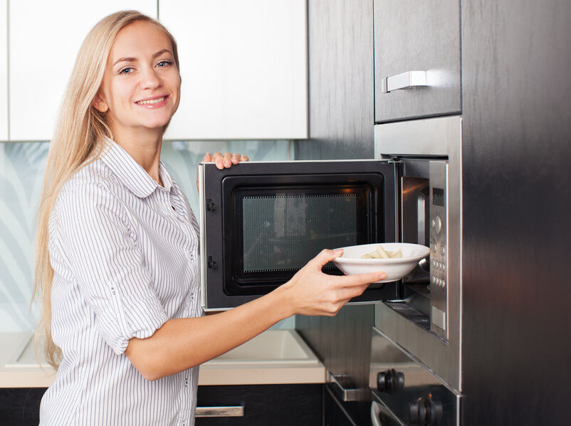 Top Considerations for Buying Built-In Microwaves
