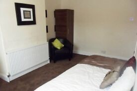 11 Lytham Place Flat 2-SUPERB STUDIO-IDEAL LOCATION-ALL BILLS INCLUDED EXCEPT ELECTRIC!!