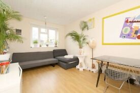 AMAZING 3 DOUBLE ROOM IN SAME PROPERTY HACKNEY CENTRAL