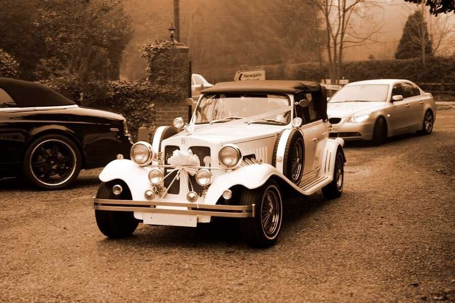VINTAGE AND EXECUTIVE CAR HIRE FOR WEDDINGS | in Canary Wharf ...