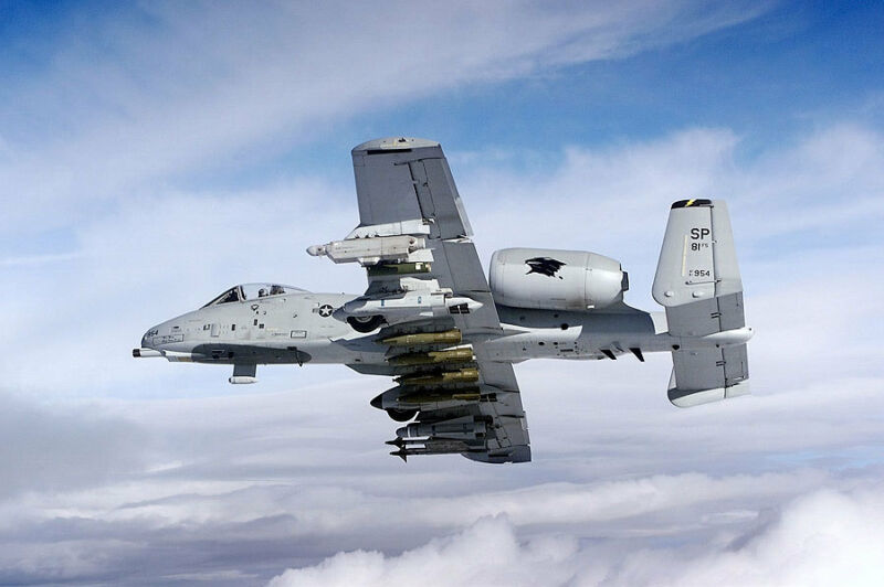 A-10 WARTHOG THUNDERBOLT II 8x12 SILVER HALIDE PHOTO PRINT