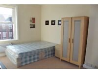 4 Westbourne Avenue F5-SUPERB STUDIO AVAILABLE NOW-MOST BILLS INCLUDED!