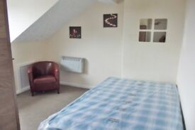 4 Westbourne F7-SUPERB COSEY STUDIO-BILLS INCLUDED EXCEPT ELECTRIC-NO BOND REQUIRED-AVAILABLE NOW!