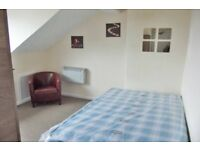 4 Westbourne Flat 7-SUPERB STUDIO-MOST BILLS INCLUDED-LOCATED IN BEESTON-AVAILABLE NOW!!