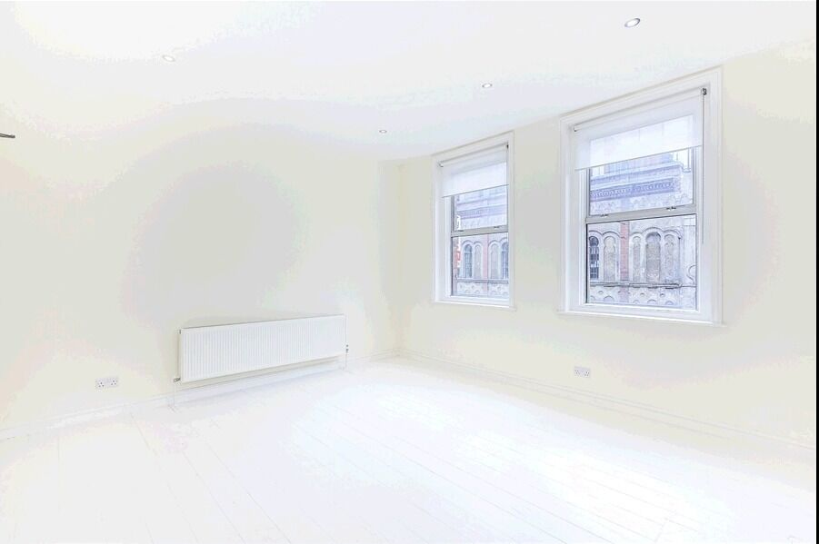 £300 P/w Unfurnished Studio Flat Brick Lane Available