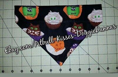 Frankenstein Cupcakes Halloween (DOG BANDANA Over Collar XS-L HALLOWEEN CUPCAKES Cats Pumpkins Frankenstein)