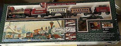 Holiday Village Train Set NO.174 SOUND MUSIC Christmas Train