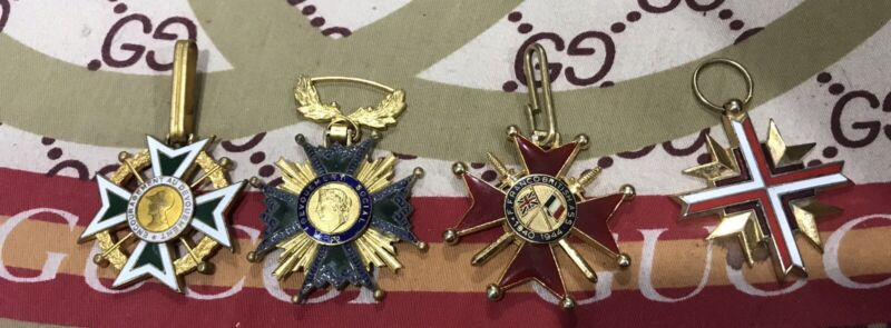 WW2 French Europe Era 4 Medals