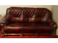 Lovely leather 3 seater settee and armchair. Very good condition, Smoke and pet free home
