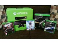 XBOX ONE Boxed with wireless headset, games and accessories. (Mint)
