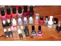 Bundle of 28 Nail Polishes £20 (NO OFFERS)